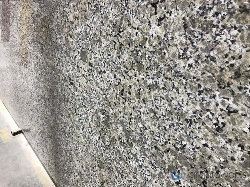 Granite – Venetian Ferro Gold slab-min