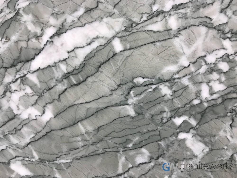 Marble – Verde Antigua close-min