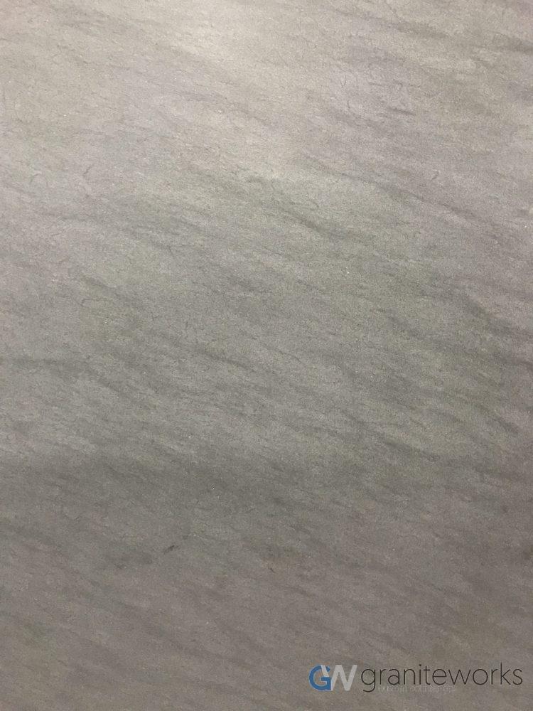 Quartzite – Carbon Grey Leather close-min
