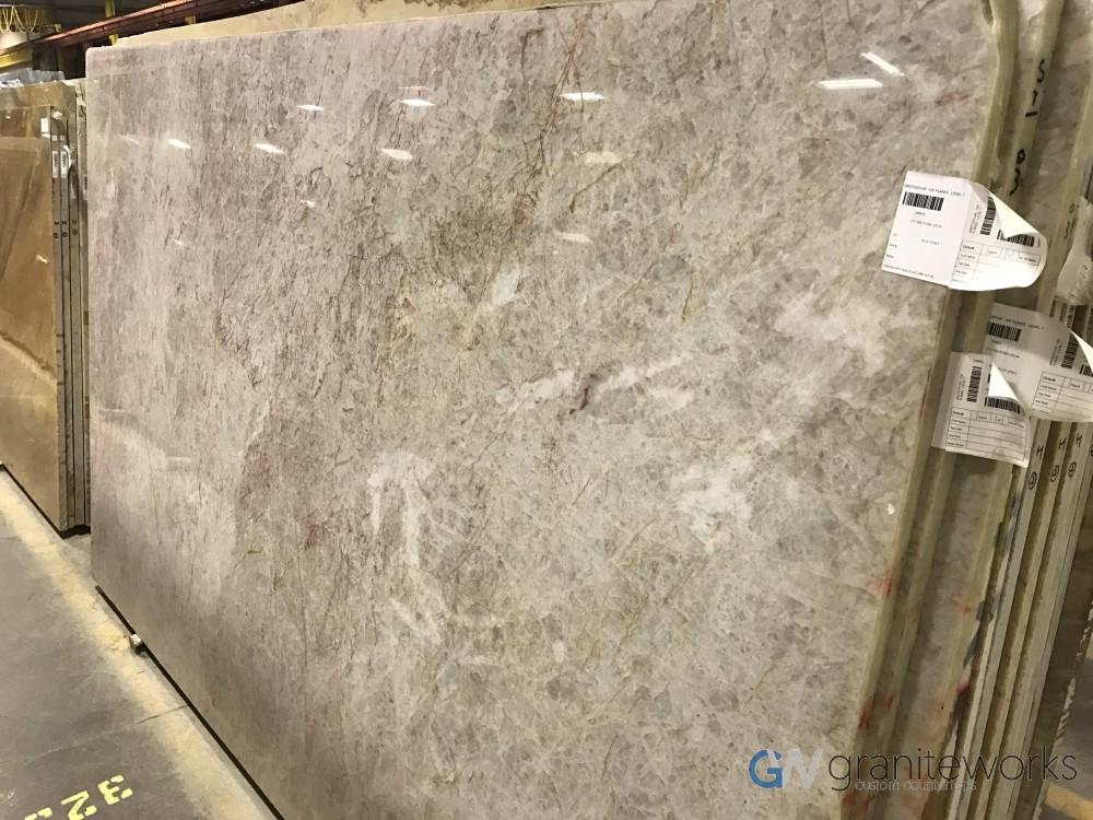 Quartzite – Ice Flakes slab-min